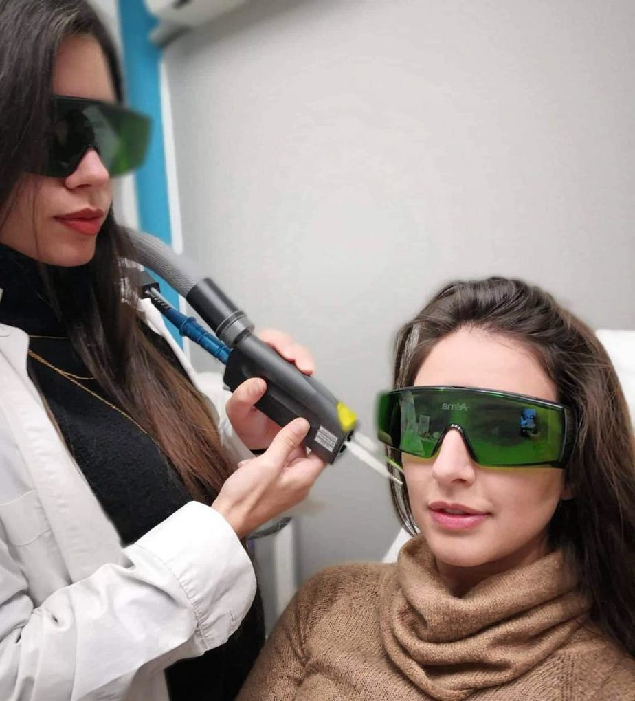 The Arion Alexandrite 755nm standalone laser hair removal device, photo by @Feliciamed_Athens